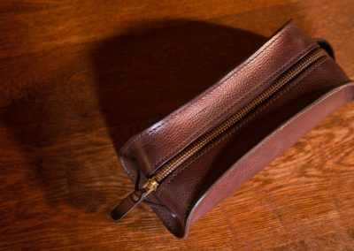 DE-BRUIR-Leather-Wash-Bag-Gallery-2
