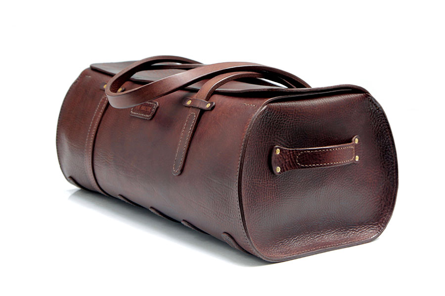e51fc2baa1a8 Handmade Leather Duffle Bag | De Bruir Design & Craftsmanship