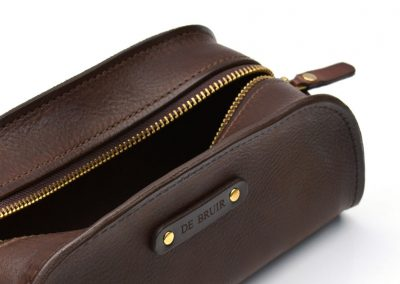 DE-BRUIR-Leather-Wash-Bag-Gallery-16