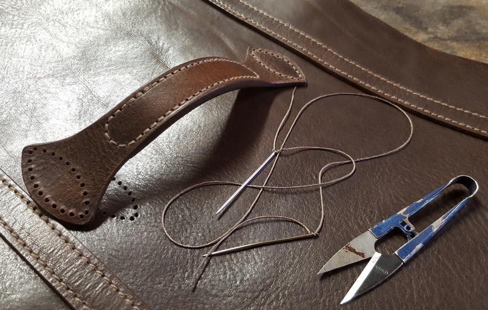 DE BRUIR - Hand stitching