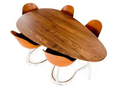 1 Dining Table & Chairs - DE BRUIR 20