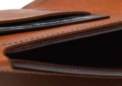DE BRUIR Leather Bifold Wallet Gallery 10