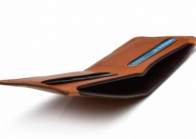 DE BRUIR Leather Bifold Wallet Gallery 11