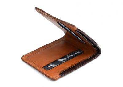 DE BRUIR Leather Bifold Wallet Gallery 12
