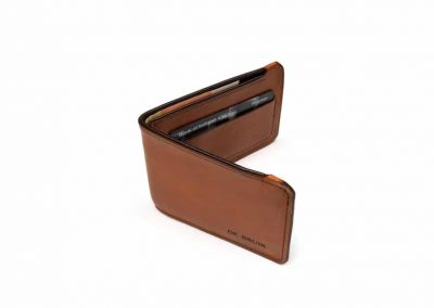DE BRUIR Leather Bifold Wallet Gallery 9
