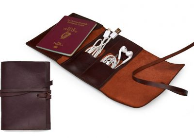 DE BRUIR Leather Cable Pouch 10