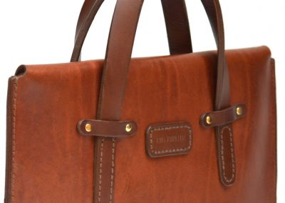 DE-BRUIR-Leather-Laptop-Carrier a