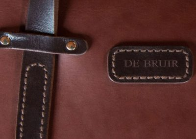 DE-BRUIR-Leather-Laptop-Carrier-11