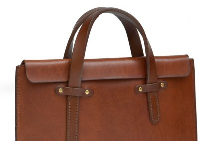 DE-BRUIR-Leather-Laptop-Carrier-2